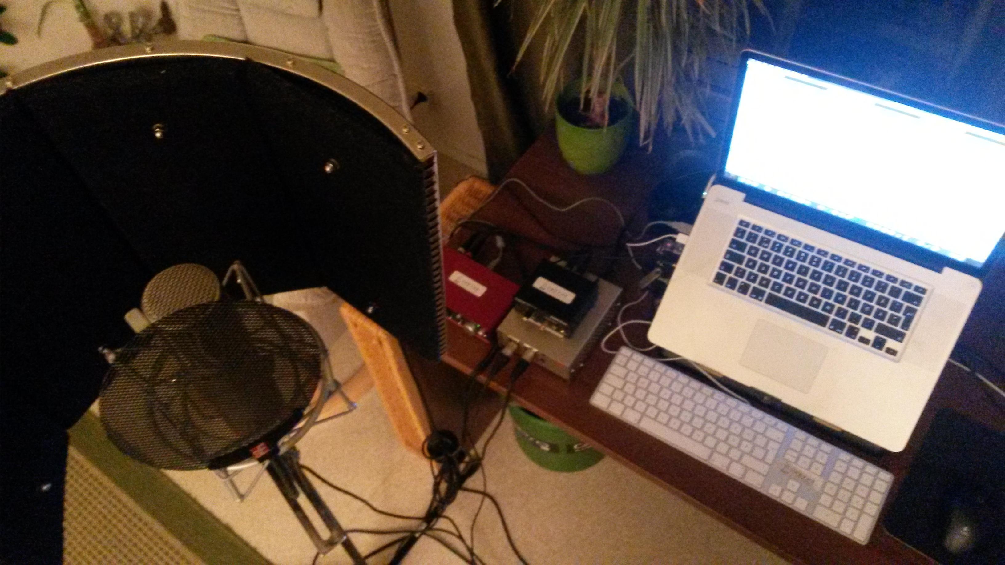 mobile vocal recording studio unzyme. Black Bedroom Furniture Sets. Home Design Ideas